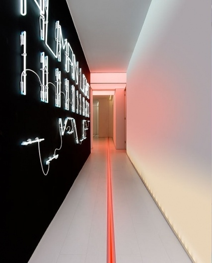 Algoritmo - Artemide Architectural 2010 on the Behance Network #neon #installation
