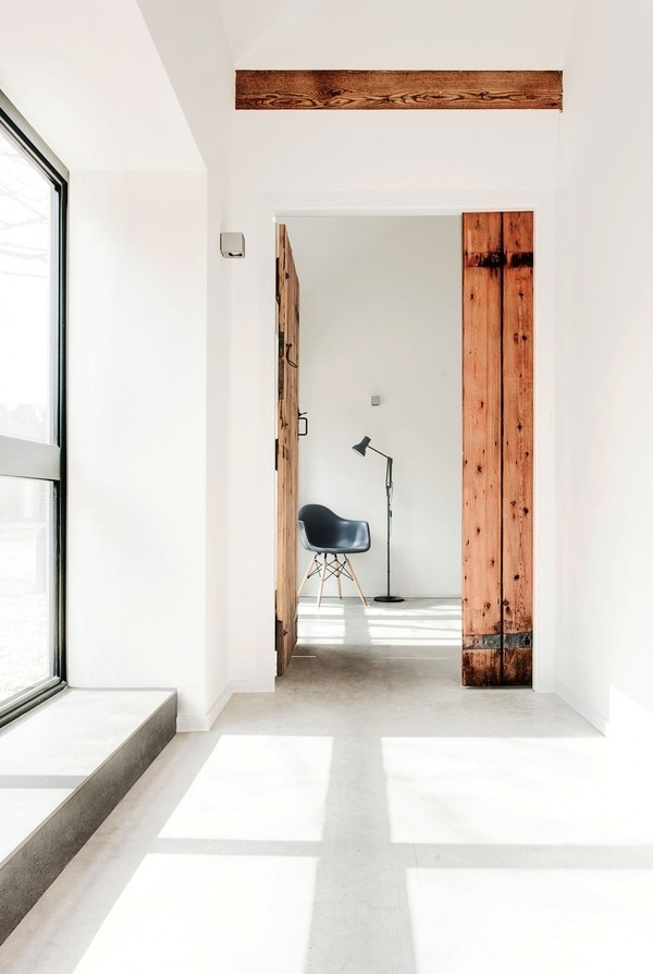 The Design Chaser: Interior Styling   Rustic Doors #interior #rustic #door #design #decor #deco #decoration