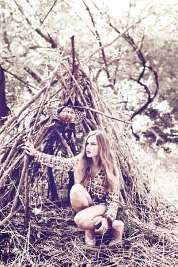 daydreaming_jly_0002.jpg 400×600 pixels #photography #portrait #fashion #lovera #javier
