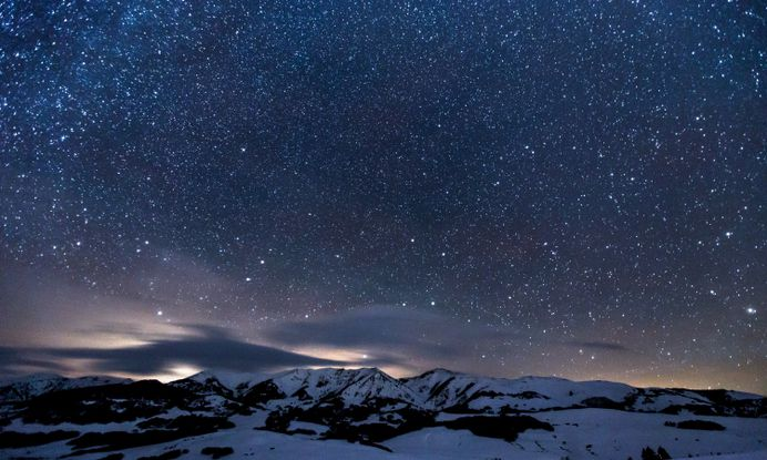 Mountain Stars Night Snow – WallpapersBae