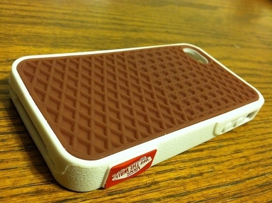 iPhone off the wall #phone #vans