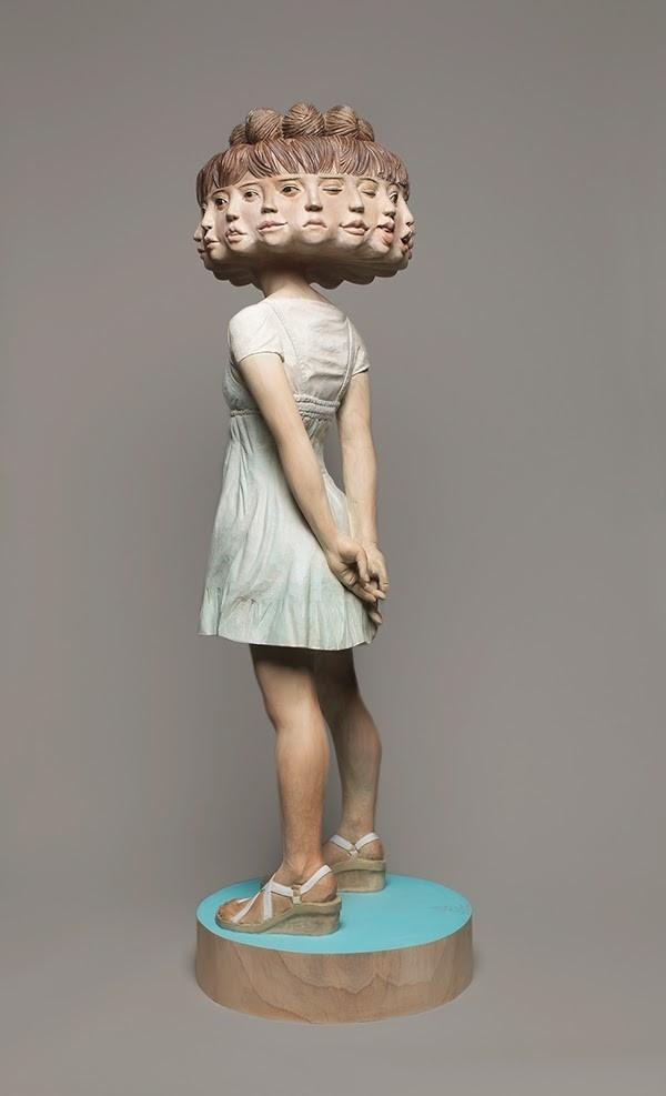 タユタ・カプリス  〈TAYUTA・Caprice〉 on Behance #wood #art #sculptor