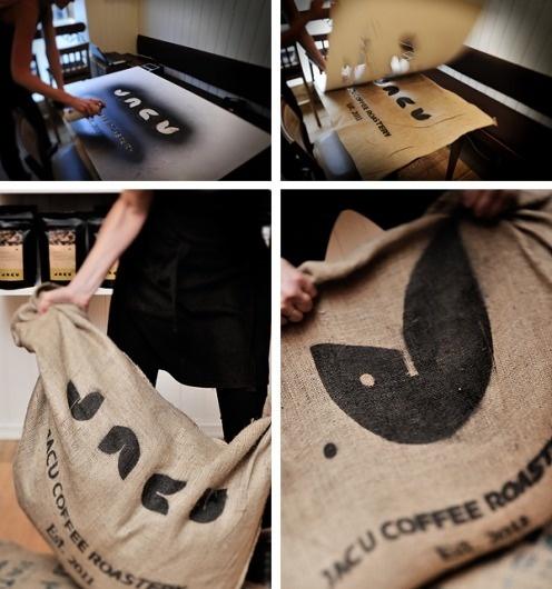 Jacu Coffee Roastery - Visual identity/Branding on the Behance Network #bag #paint #spray