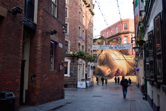 Sleeping Diana in Liverpool by Maria Umiewska feat.Nadia Konina