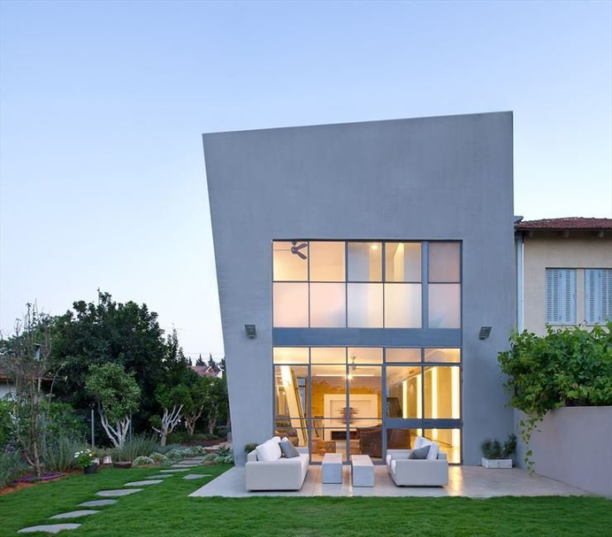 House H by Sharon Neuman Architects