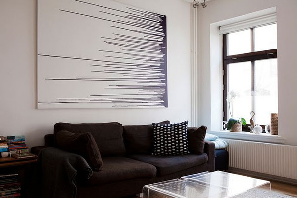 (via La maison d #interior #white #black #clean #minimal #grey