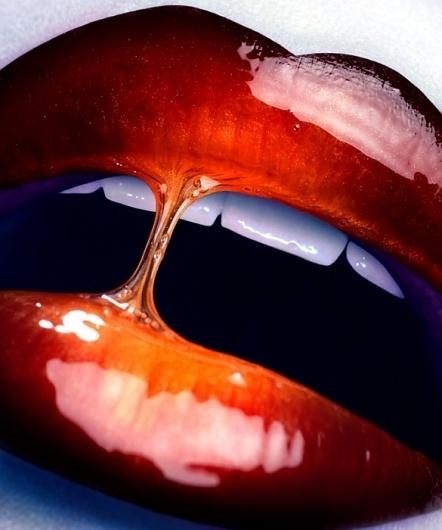 tumblr_lxl4bbcQ7z1r6k848o1_1280.jpg (585×700) #lips #glossy