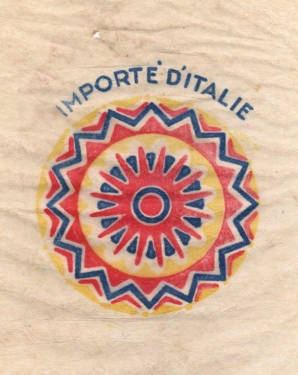 www.legufrulabelofolie.fr the site légufrulabelophiles, collectors label fruit and vegetables #radial #fruit paper