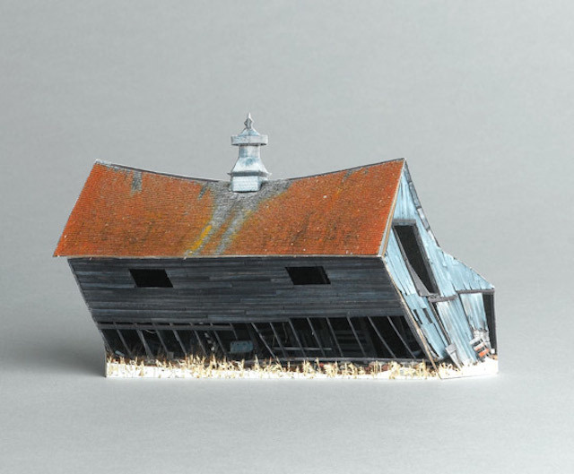 brokenhouses-22 #sculpture #house #art #broken #miniature