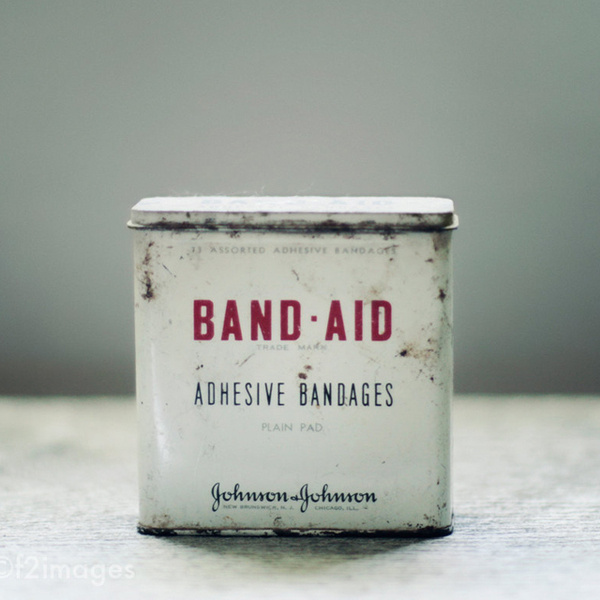 Old Band Aid packaging #aid #old #packaging #simple #tin #vintage #band
