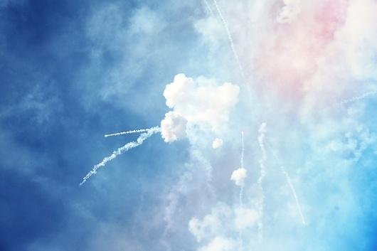 Más tamaños   Fallas de Valencia. Mascletá   Flickr: ¡Intercambio de fotos! #photosgraphy #blue #color #sky