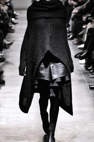 junya watanabe fall winter 2011 #layers #junya #black #women #leather #fashion #watanabe #knit