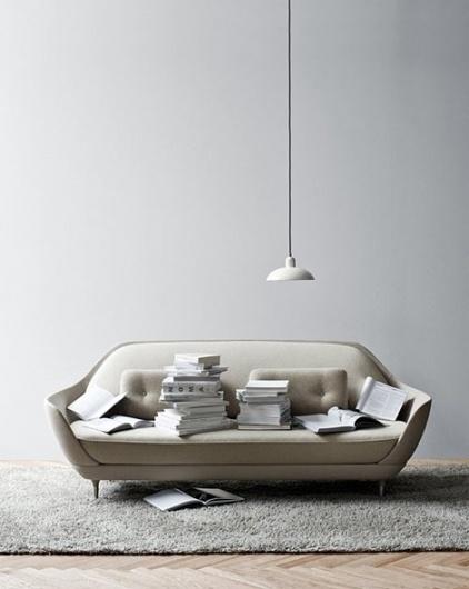 Jaime Hayón: FAVN sofa at iainclaridge.net #lamp #sofa #friz #hayon #books #jaime #furniture #hansen #favn