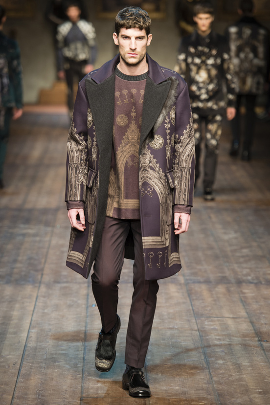 Dolce & Gabbana Fall/Winter 2014-2015 #chic #medieval