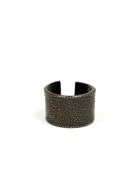 Robert Geller Floral Pattern Ring #geller #jewelry #ring #brass