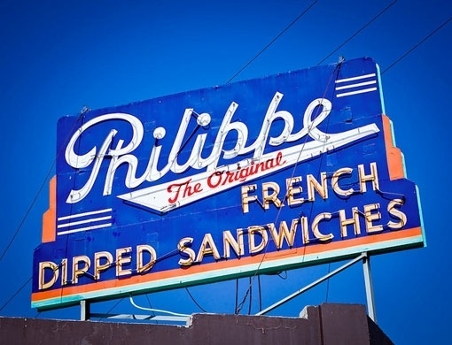signlanguage_04.jpg 510×390 pixels #metal #lettering #sign #outdoor #vintage #signage #type #neon