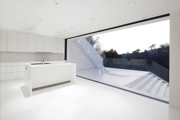 Nakahouse « #white #space #modern