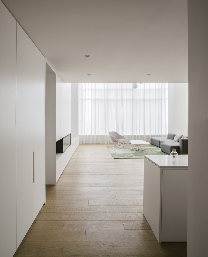 TC Apartment by Office ZHU