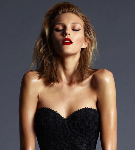 Cuneyt Akerglou for Vogue Turkey #model #girl #campaign #photography #portrait #fashion #editorial #beauty