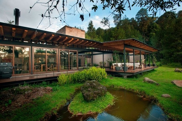 Beautiful Casa San Sen house in the forest designed by Alejandro Sánchez García #forest #architecture #house