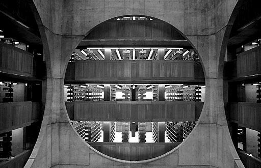 kahn_exeter2.jpg (512×330) #kahn #architecture #exeter #library #louis