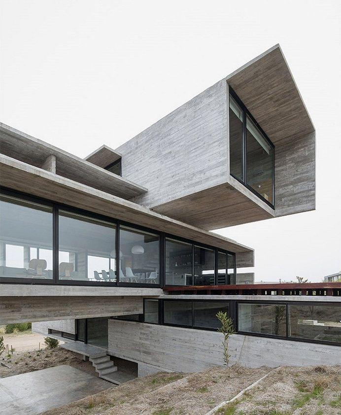 Golf House in Costa Esmeralda, Luciano Kruk Arquitectos 2