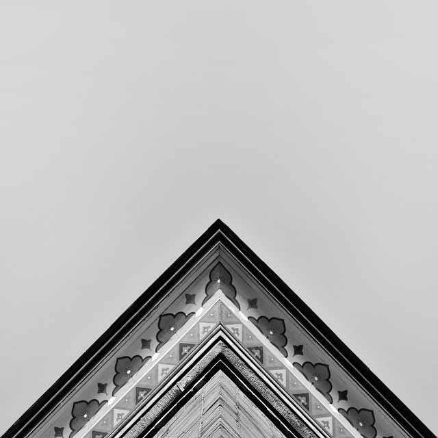 Follow @geometryclub on Instagram. #geometry #photography #architecture #minimal #instagram #symmetry