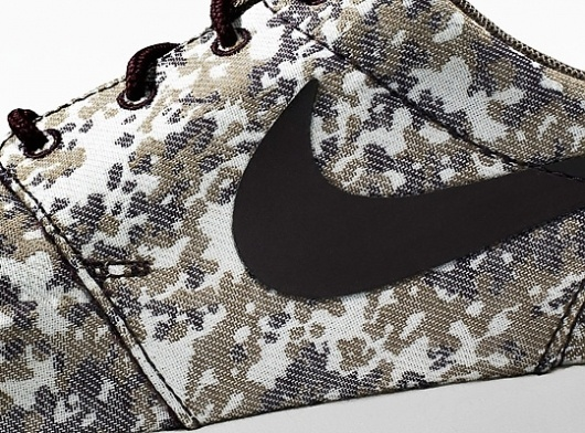Nike Roshe Run 'Camo' nike-roshe-run-camo-1 – Highsnobiety.com #limited #clothing #run #camo #shoe #digital #nike #roshe