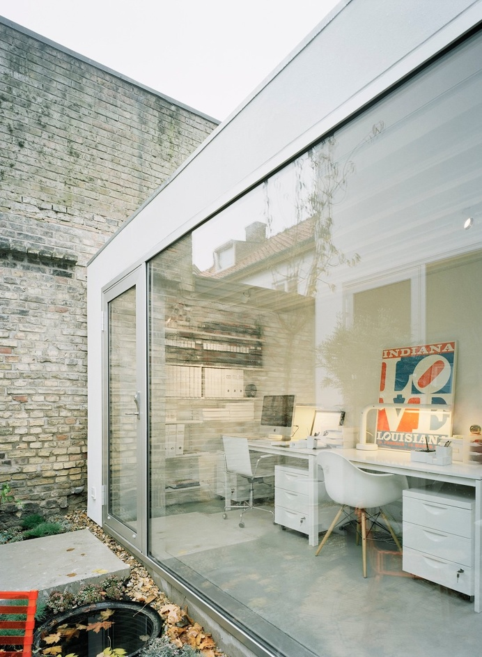 Workspace. Townhouse by Elding Oscarson. #workspace #eldingoscarson #minimal