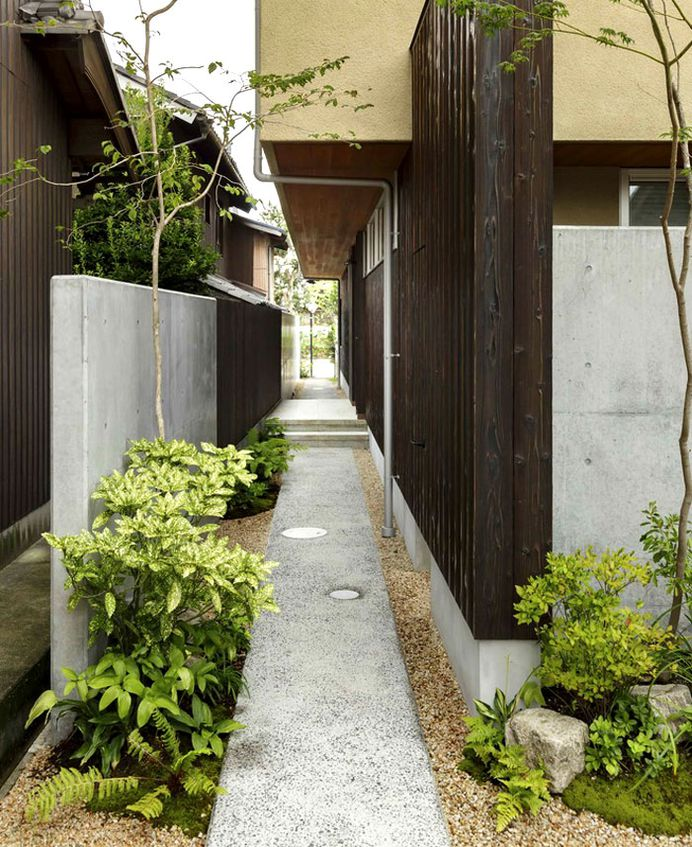 Japan Micro House with Small Zen Garden - InteriorZine #decor #interior #home