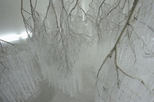 dripping hot glue becomes crystallized tree stems by yasuaki onishi designboom #glue #art