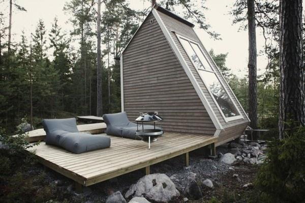 Micro Wooden Cabin Architecture – Fubiz™ #cabin #wood #forest #architecture