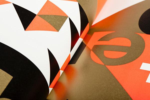 Marktplatz fxc3xbcr junges deutsches Produkt-design. #design #book #shape #type #editorial #typography