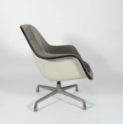 http://rchamizo.tumblr.com/ #furniture #eames