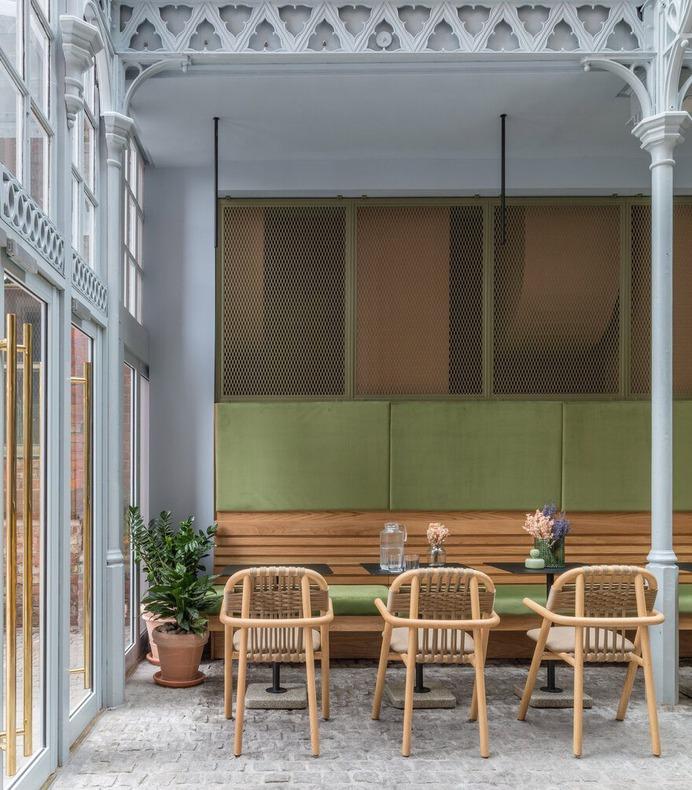 Whitworth Locke Hotel in Manchester, England / Grzywinski+Pons