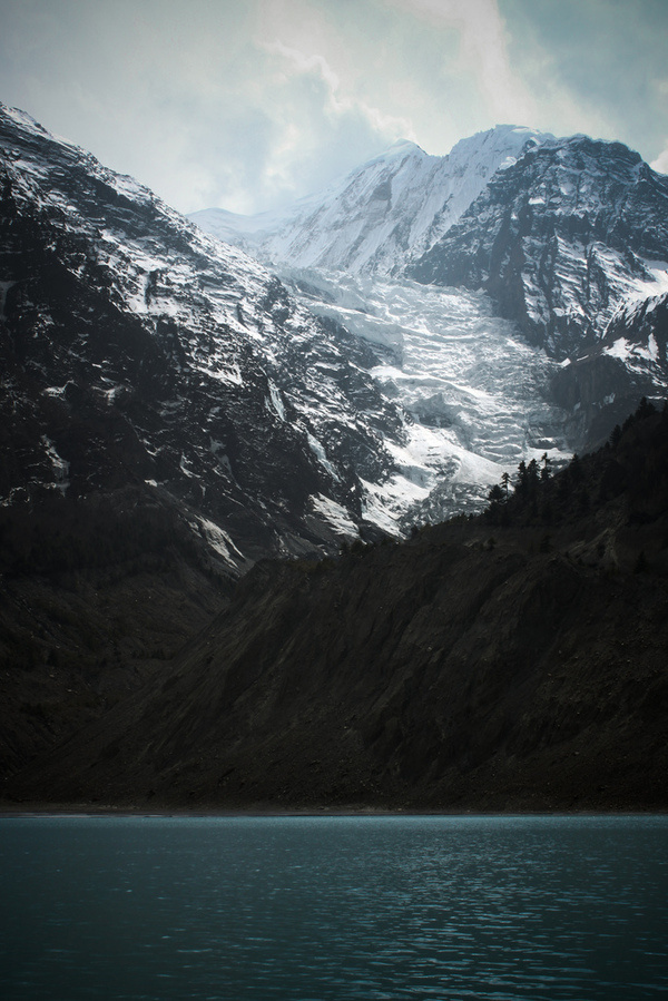 Mountains #lake #place #mountains