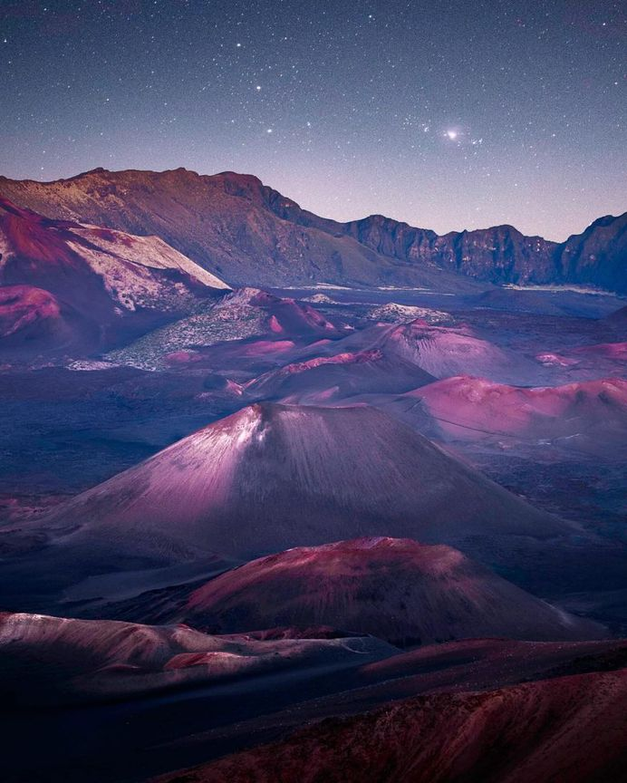 Magnificent Nature Landscapes of Hawaii by Micah Roemmling