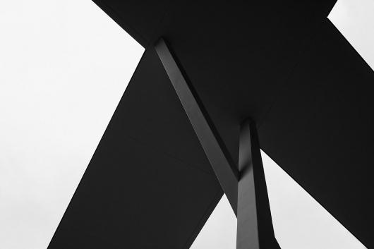 tumblr_m2679559KA1qby8noo1_1280.jpg (JPEG-Grafik, 1024×683 Pixel) #blackwhite #jochen #graphic #photography #architecture #pach