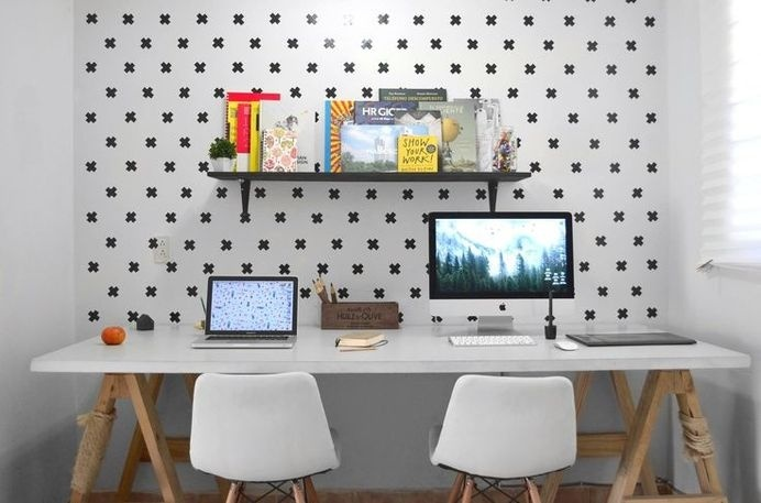 Menta Picante 2.0 #white #nordic #chair #office #books #black #wood #studio #workspace #mac