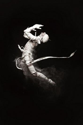 Marieaunet: Mehmet Turgut - Dance in the Shutter #mummy #photography #dancing #dance
