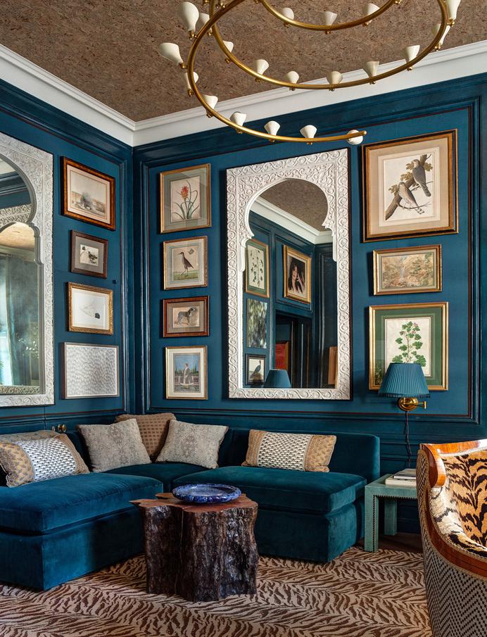 Painting Room With Hues Of Blue - www.homeworlddesign. com (10) #design #decor #blue #room #decoration