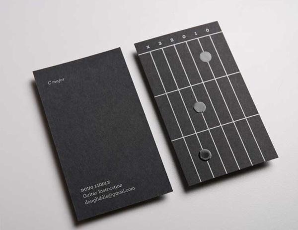 Las primeras tarjetas de visita que funcionan como pequeñas lecciones de guitarra #card #cards #business