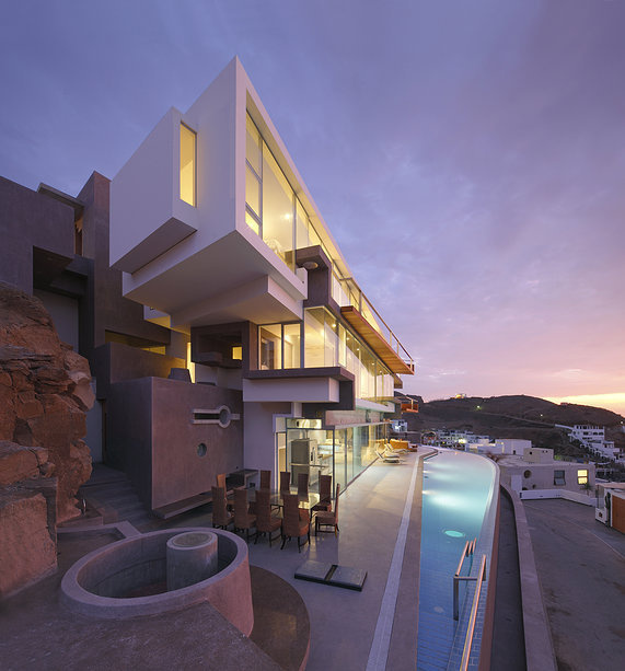 Veronica Beach House by Longhi Architects #architecture #house