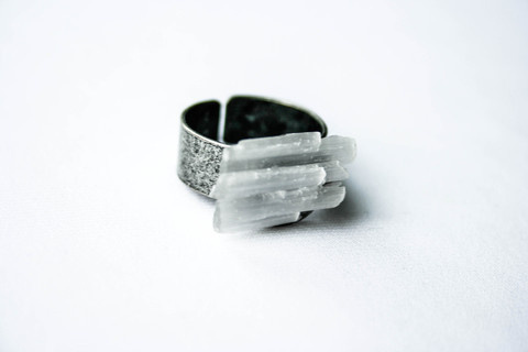 Anēkatā Stack Ring #selenite #crystal #pulse #design #jewelry #parallel #ring