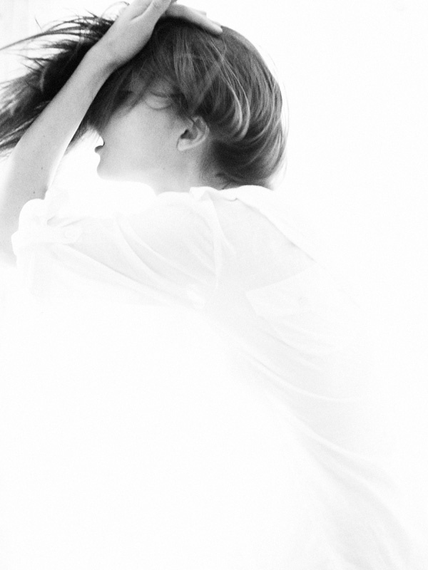 tumblr_lclrdhiRUS1qf6txpo1_1280.jpg (600×800) #photo #white