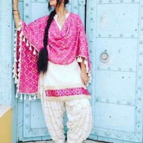 Punjabi Suit Designs And Patterns 2018