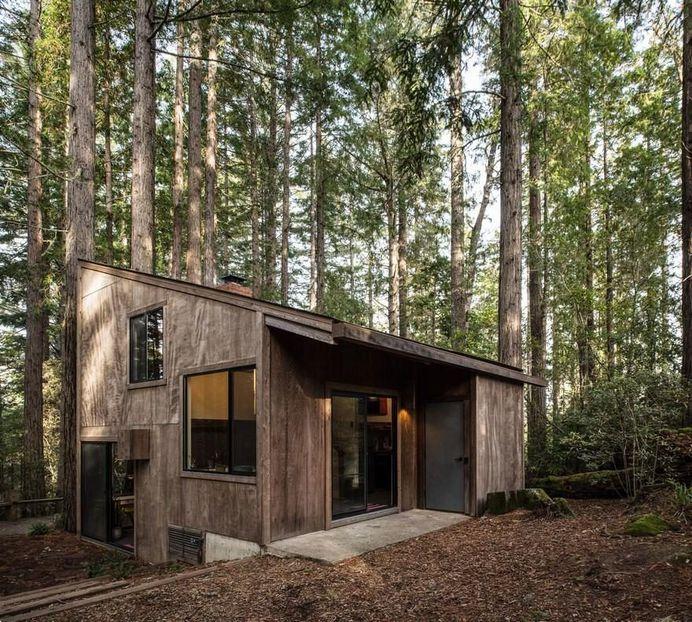 Mid-Century Sea Ranch Cabin in California Gets an Inspiring Upgrade
