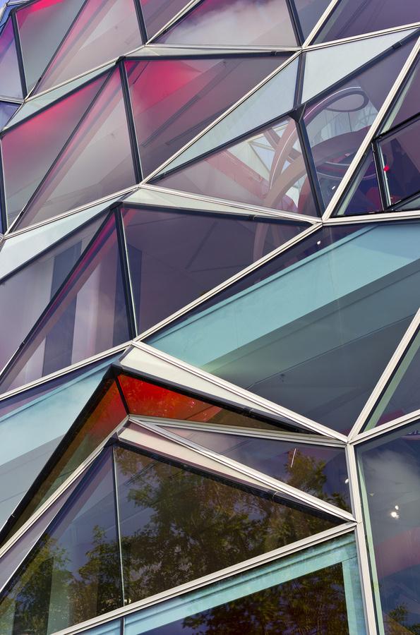 Imagi:nation #color #geometric #contemporary #glass #reflective #architecture