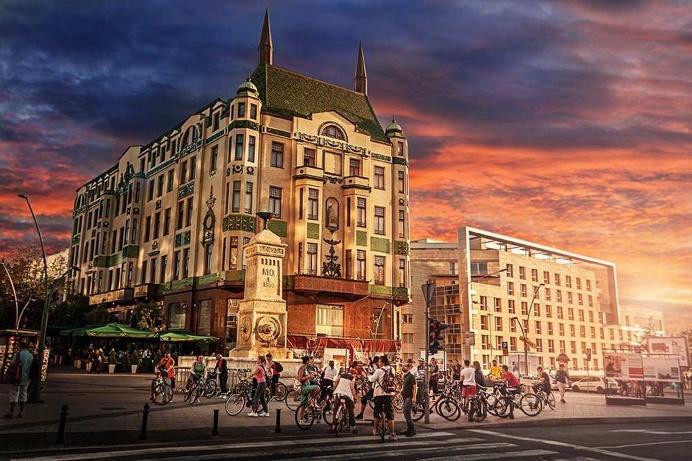 Stunning Photos of Belgrade by Bojan Dzodan