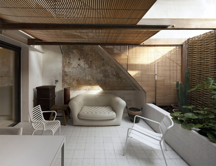 Contemporary Home in an Old Building in Barcelona - #decor, #interior, #homedecor, #architecture, #house